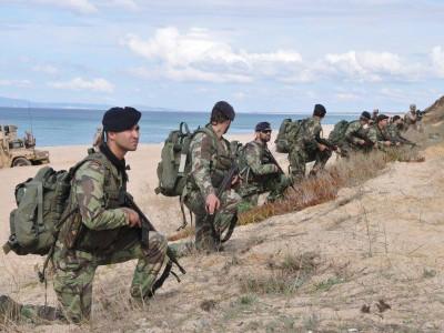 Fuzileiros invadem Pinheiro da Cruz: Maior exercício da história da Nato em Grândola