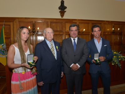 Montijo distingue gente da terra: Amândio de Carvalho, Cédric Soares e Luís Rouxinol recebem medalha de ouro