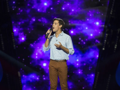 "Professor no colégio S. Peters School encanta no ""The Voice"":  Sérgio Alves na equipa de Aurea"