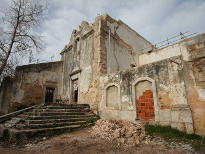 Na costa da serra da Arrábida:  Conventos de Alferrara em obras de reabilitação
